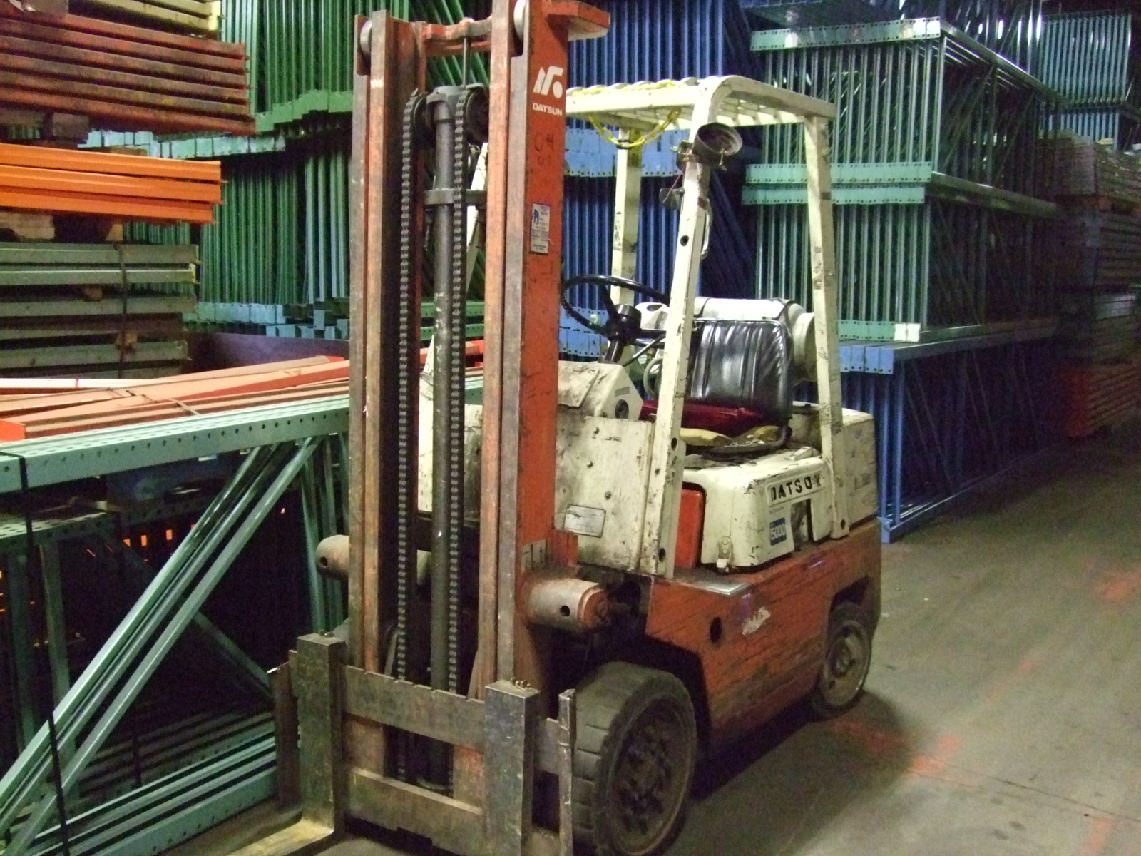 Forklifts and Orderpickers on